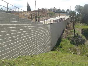 AB Collection retaining wall