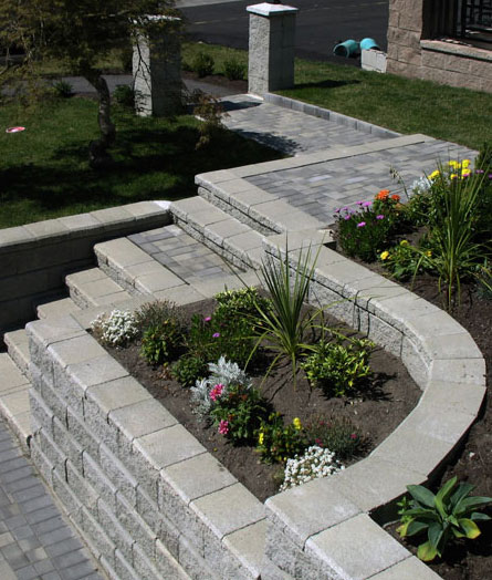 planters, stairs, retaining wall